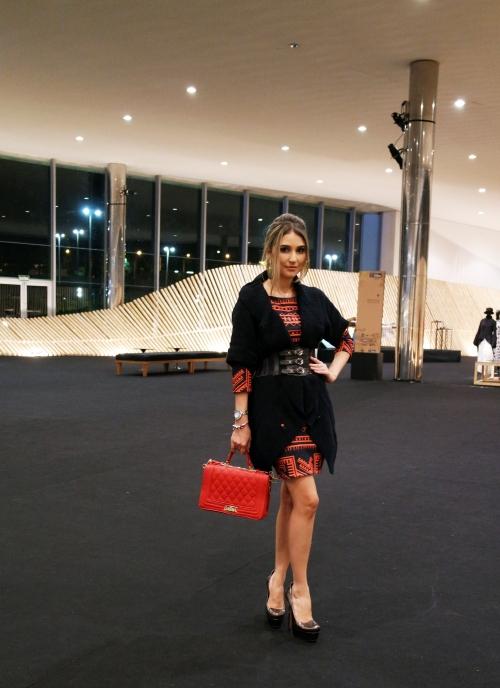MTP_Minas Trend Preview Blogueira Isadora Guedes Look do dia Estilo preto e vermelho